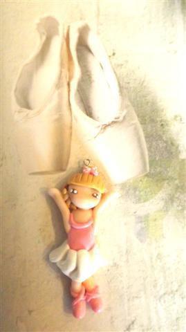 JUST DANCE  - fimo -CIONDOLO  - BALLERINA danza classica ROSA - idea regalo compleanno comunione