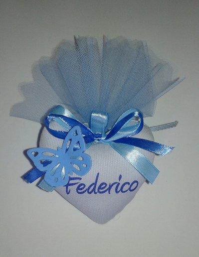 Bomboniera cuore imbottito per nascita e battesimo con farfalla