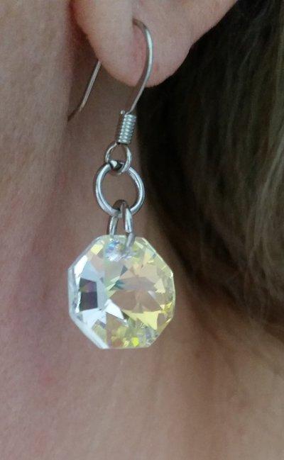 Orecchini pendenti con cristallo sw a forma ottagonale color crystal ab