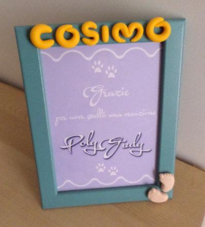 cornice foto azzurra - verde 13x18 da tavolo o parete personalizzata con nome in fimo giallo e piedini bimbo rosa
