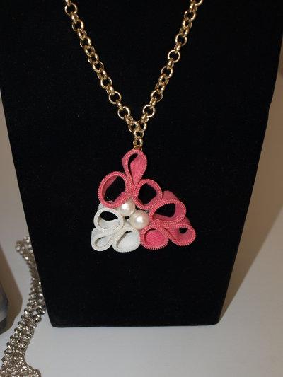 collana  lampo rosa e bianca