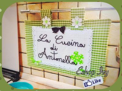 Copriforno verde con frase personalizzata copri forno idea regalo con presine