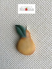 Ciondolo pera country in cartapesta