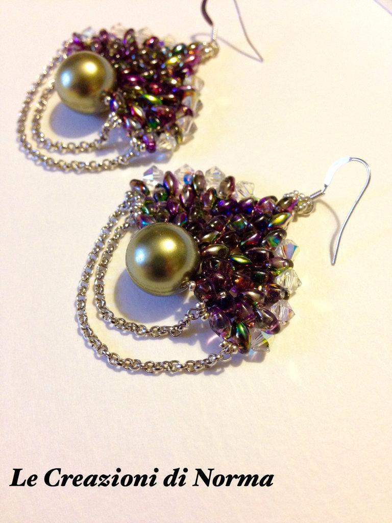 Orecchini con perle e swarovski e monachelle in argento 925