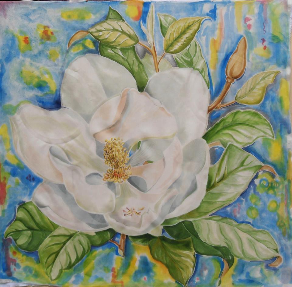 Magnolia: foulard in seta naturale dipinto a mano con motivo floreale