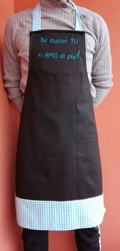 Grembiule da Cucina per Uomo nero e azzurro con scritta