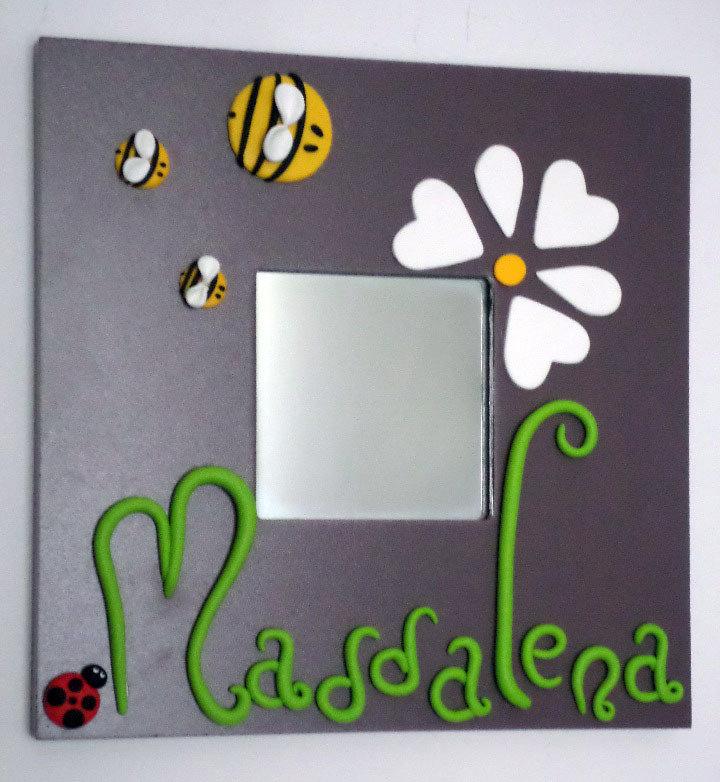 Apine con Margherita e Coccinella portafortuna - specchio cornice Malma (NERA o BIANCA ) personalizzato con nome