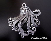 """Charm """"Donna"""" color argento (65x63mm) (cod. New)"""