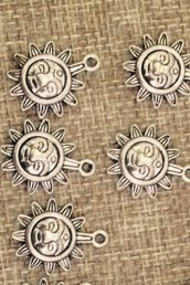 2 charms sole