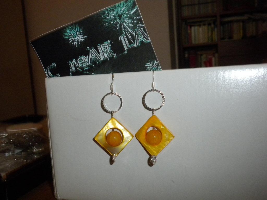 orecchini giallo sole