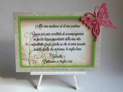 Targhetta con farfalla versione marrone e verde - regalo bomboniera madrina padrino Battesimo