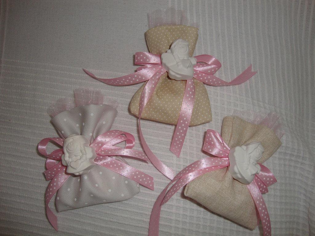 sacchettino bomboniera artigianale per tutte le occasioni personalizzabile