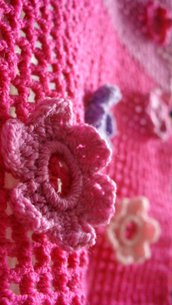 Sciarpa filet con fiorellini applicati crochet - Jo's Crochet