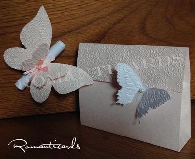 Partecipazione modello Farfalla 2 in 1, color Rosa con busta a tema by Romanticards
