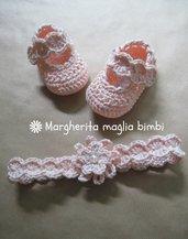 Completo scarpine e fascetta per neonata, cotone, fatto all'uncinetto - speciale Battesimo!