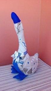 Oca fermaporta con cuori azzurra fatta a mano