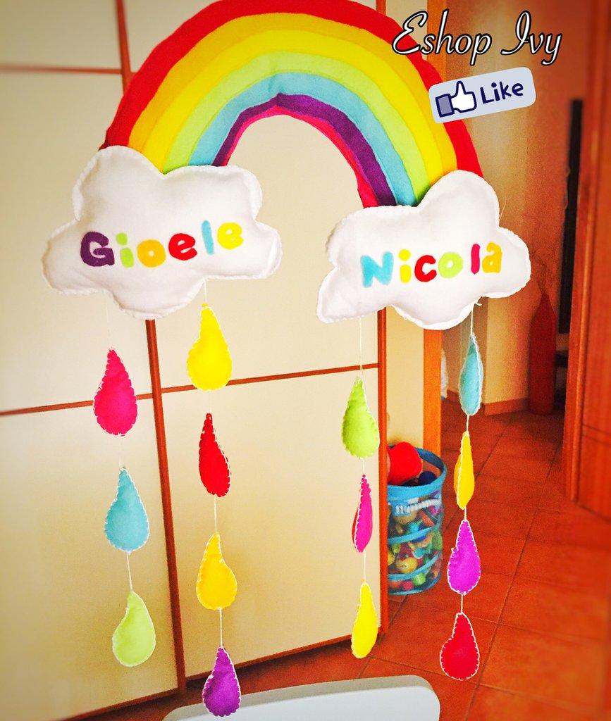 Fiocco nascita arcobaleno e nuvole per gemelli personalizzato con nome decorazione cameretta