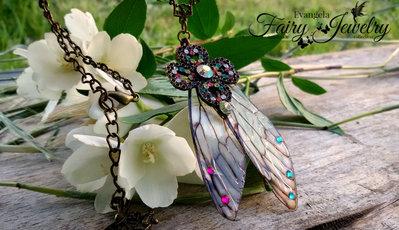 Collana ali di libellula bagnate opale cristalli bronzo stella
