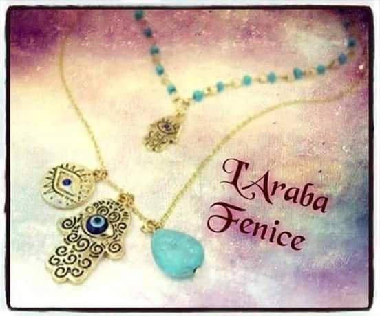 Collana etnica con Manine di Fatima
