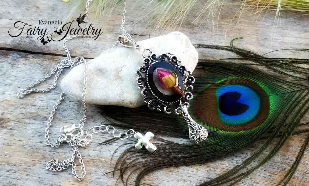 Collana bocciolo rosa naturale gothic specchio gioielli botanici