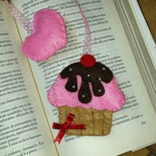 Segnalibro cupcake in pannolenci