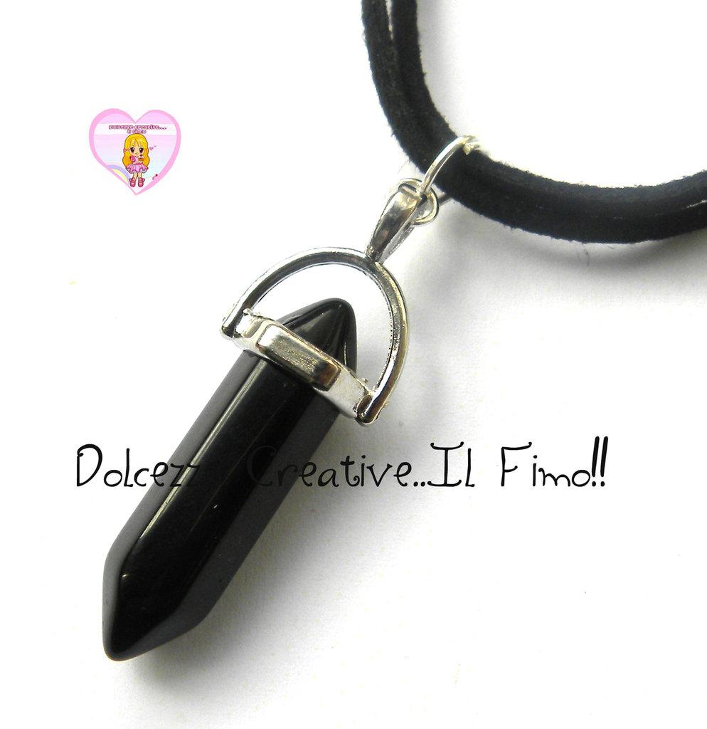 Collana corta con Pendente in pietra Naturale - base color argento -Pietra nera e alcantara