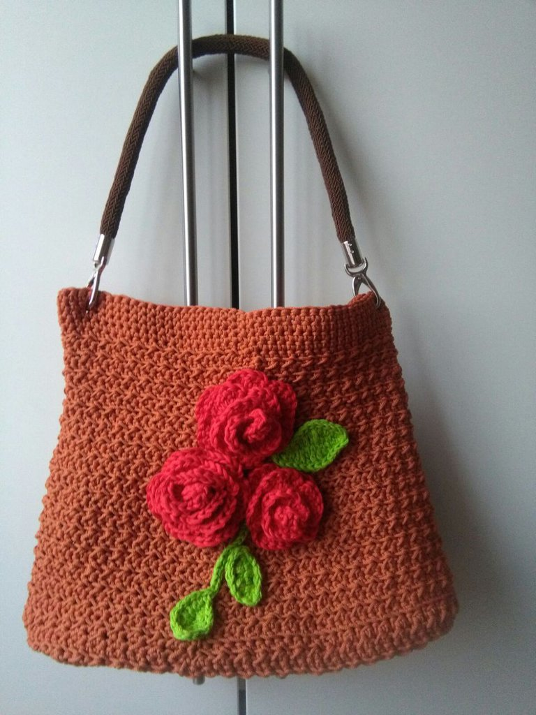 BORSA IN CORDINO COLOR MATTONE E FIORI