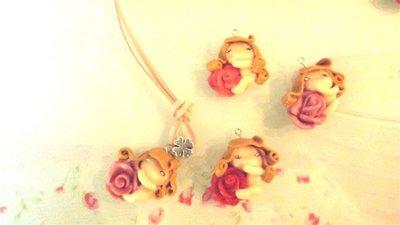 FIMO - COLLANA ALCANTARA  - GLI SPIRITI DELLE ROSE - fatine idea regalo compleanno ROSA - ROSSO