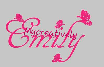 Sticker fucsia nome con farfalle per bambina