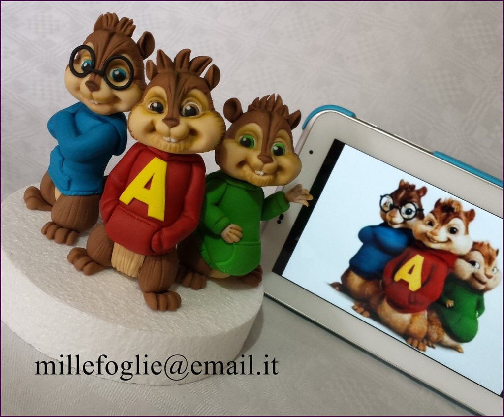 Cake Topper Alvin Superstar in pasta di zucchero.