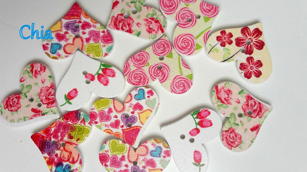 10 bottoni legno cuore fantasia floreale 30 x25mm