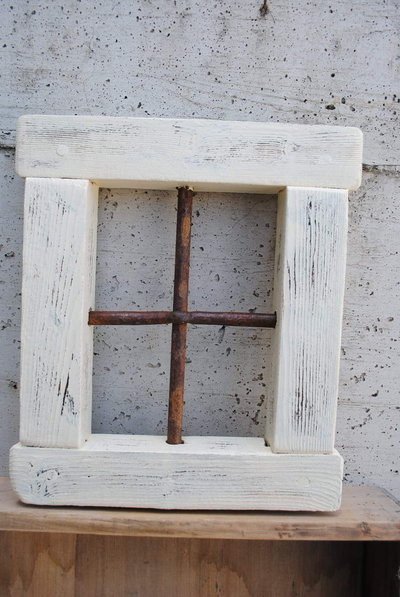 Finestra il legno anticata - vintage-