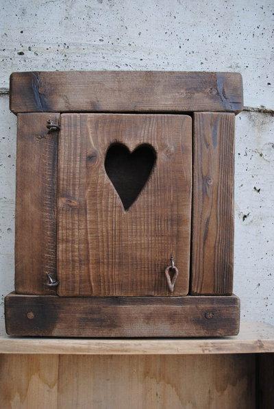 Appendichiavi in legno anticato