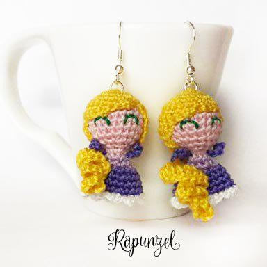 Orecchini uncinetto amigurumi Rapunzel
