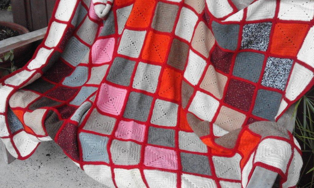 Coperta in lana nuova fatta a mano