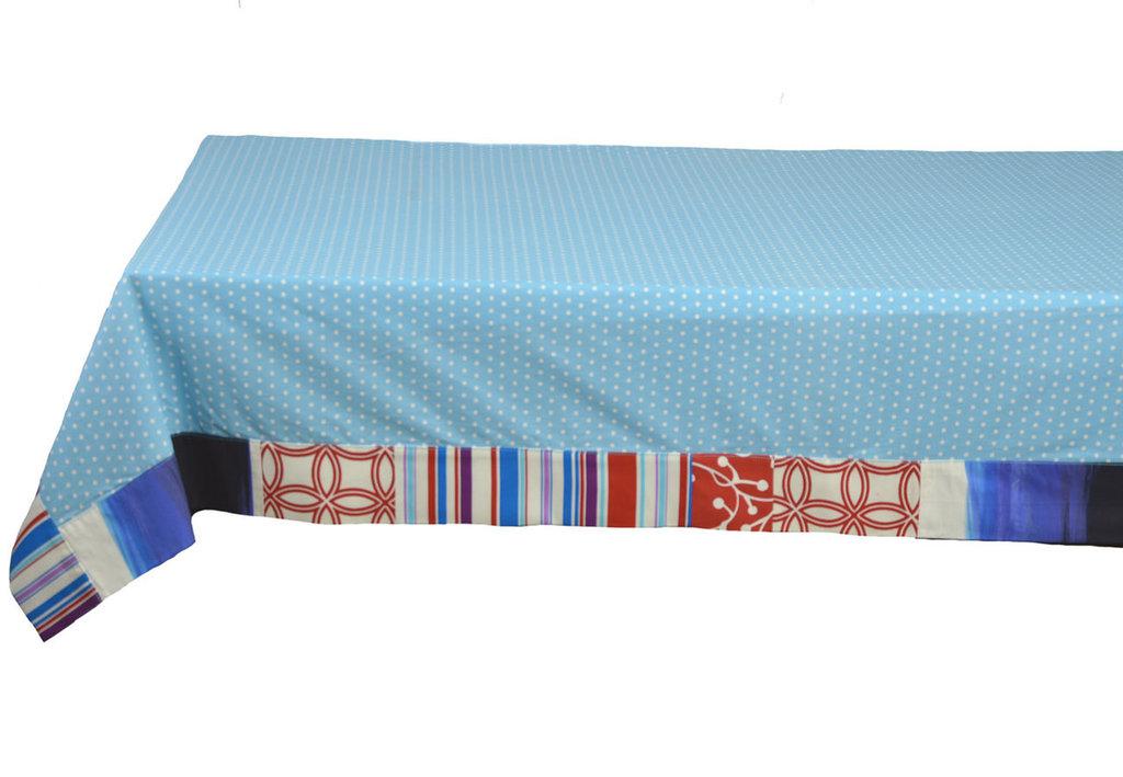 Tovaglia azzurro fiordaliso di cotone da buffet