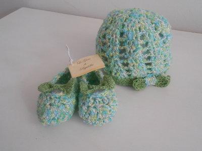 Set scarpine e cappellino con farfalla in cotone multicolore, idea regalo.
