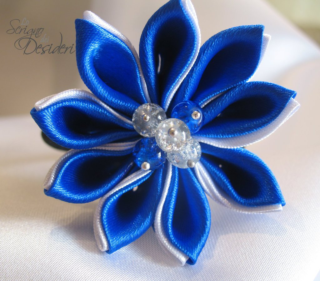 Elastico Fermaglio per capelli con fiore Kanzashi Blu e Bianco