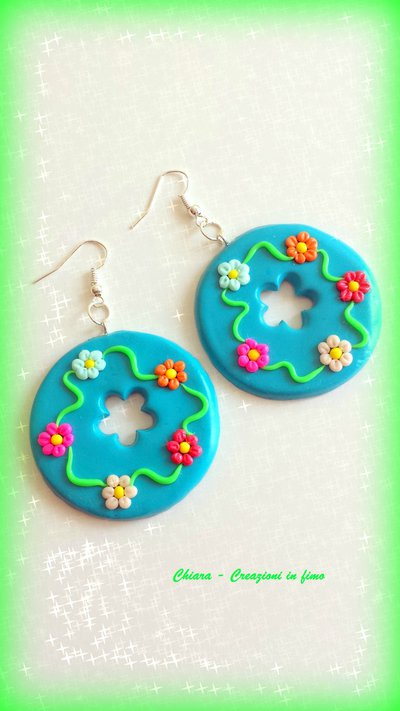 Orecchini in fimo handmade eleganti con fiori in rilievo idea regalo donna