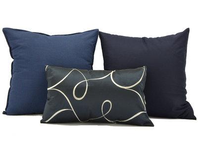 Set cuscini da letto blu