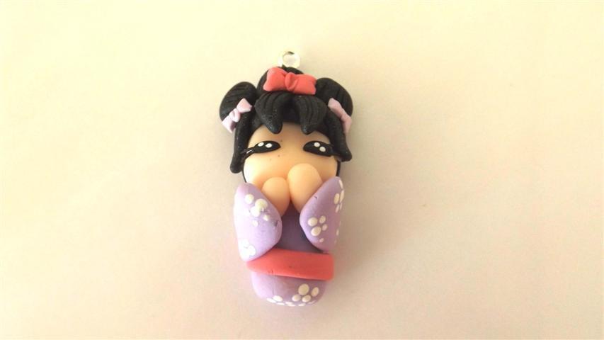 MONDO KOKESHI dipinta a mano - fimo  BAMBOLA GIAPPONESE  per orecchini collane compleanno - LILLA