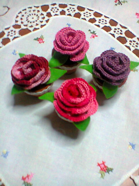 Piantine di rose amigurumi