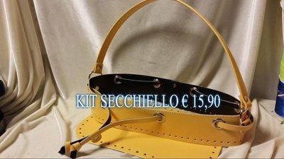 kit secchiello giallo € 15,90