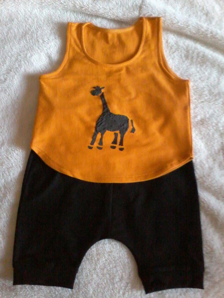 Completo canotta e pantaloncino tg 9-12 mesi