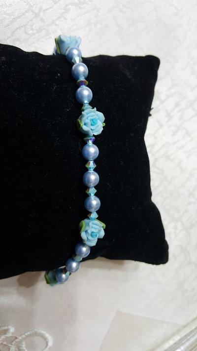 bracciale con fiori e swarovski azzurro