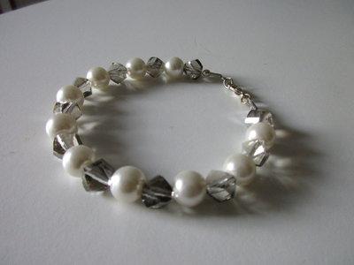 Bracciale perline vetro sfaccettate e sferiche, handmade, anallergico