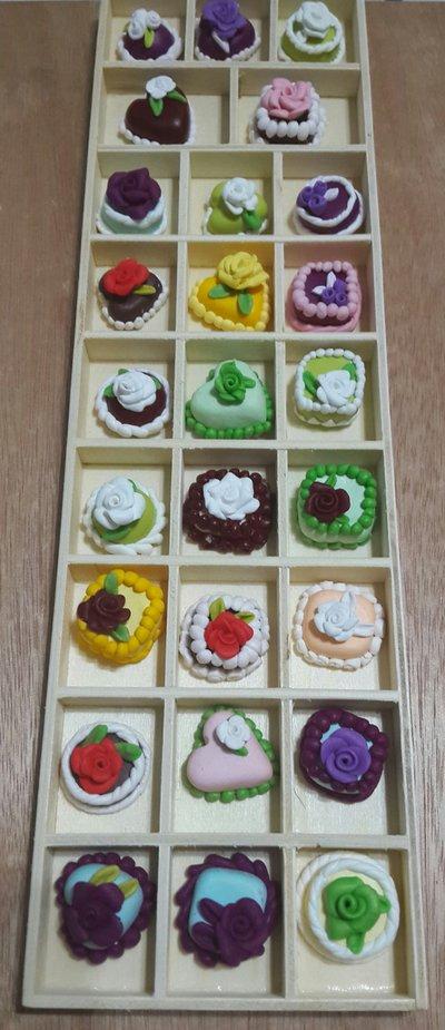 Lotto stock 30  ciondoli misti tortine in fimo con o senza gancetti