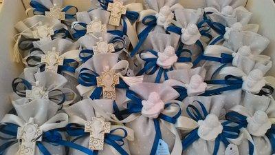 Sacchetto con Croce simbolo comunione e gessetti bomboniera per  comunione e o battesimo