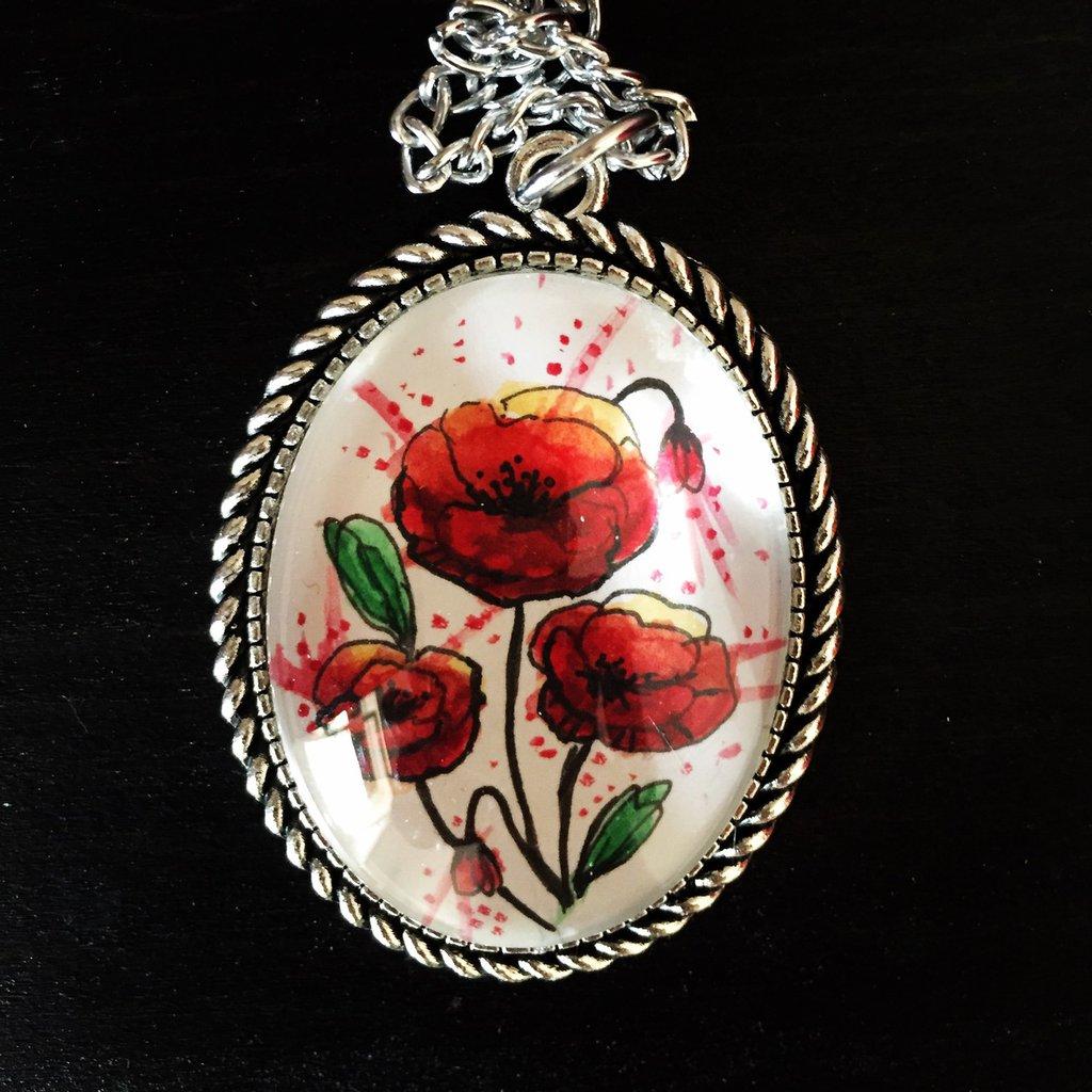 Medaglione con cabochon in vetro dipinto a mano - papaveri