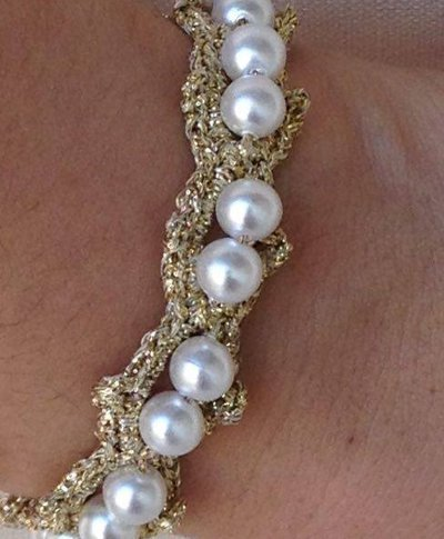 Bracciale in lurex con perline